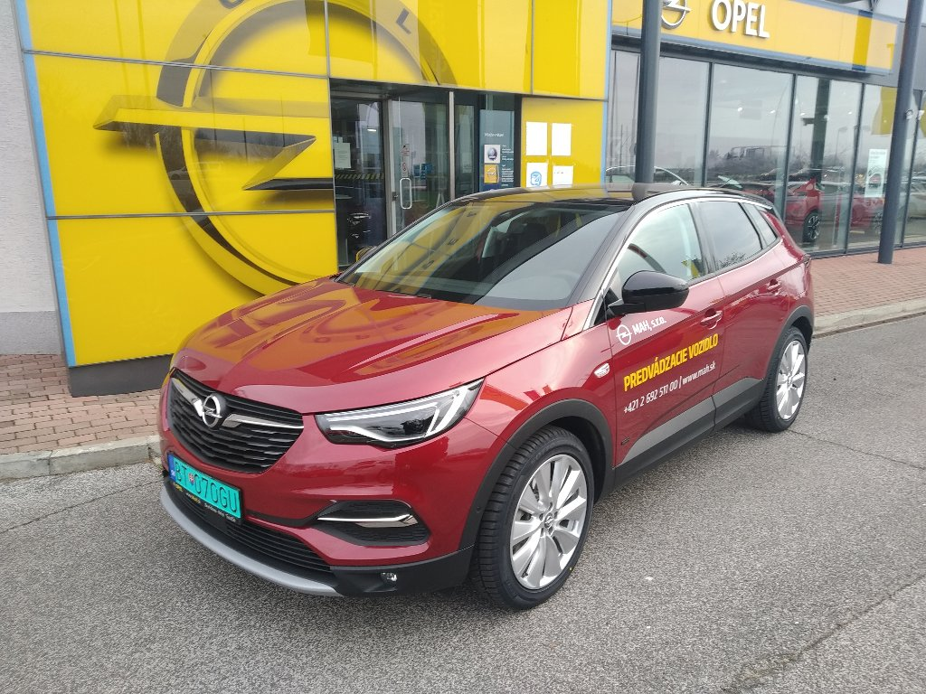 Opel Grandland X PHEVUltimate 1,6T AWD 200k AT8