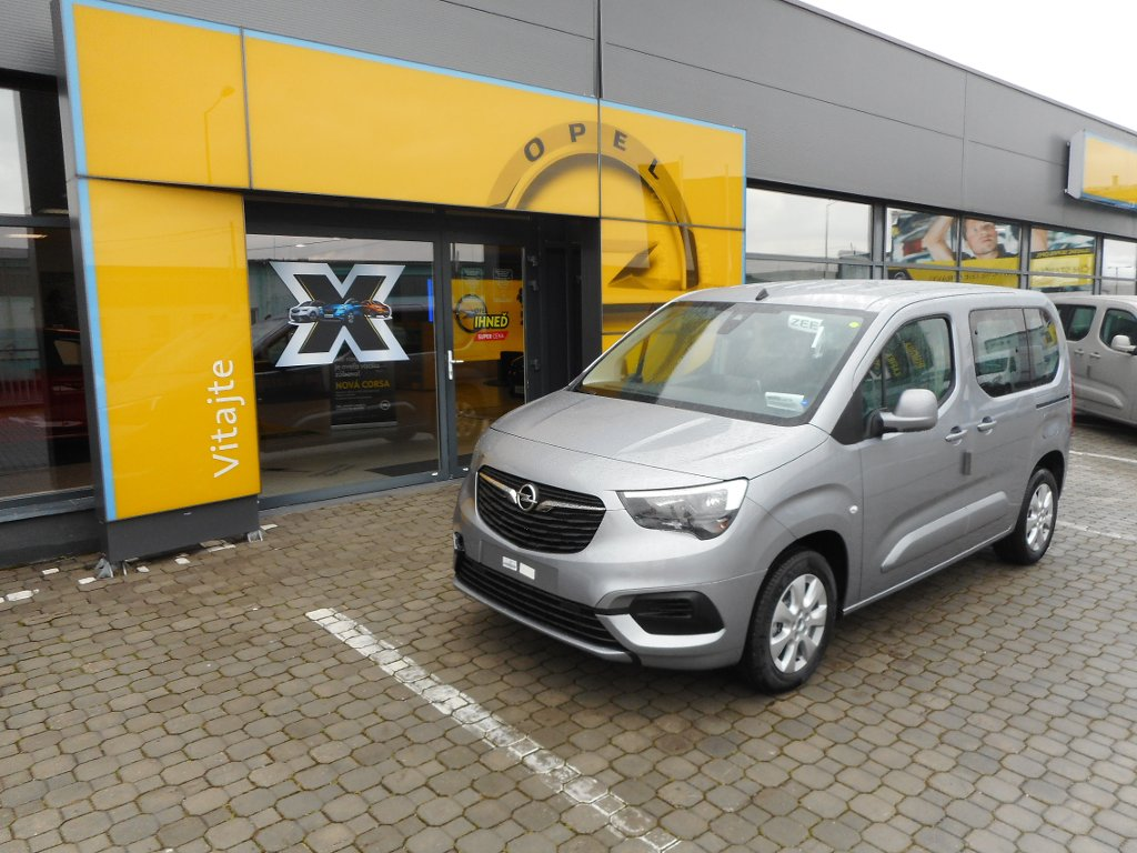 Opel Combo Life Enjoy 1.2 MT6 - TN18WN6W