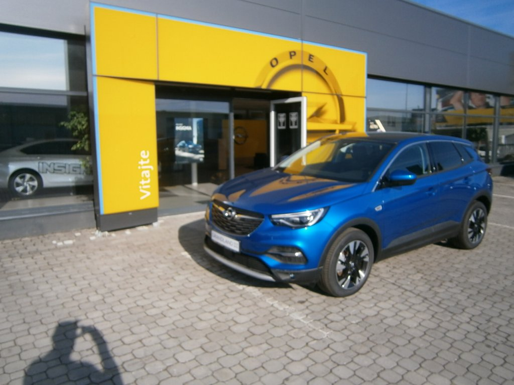Opel Grandland X Innovation 1.6 AT6 - TN74VDY8