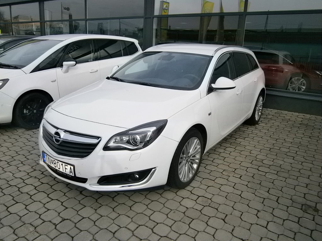 Opel Insignia Cosmo ST 2.0 CDTi AT6 - TN